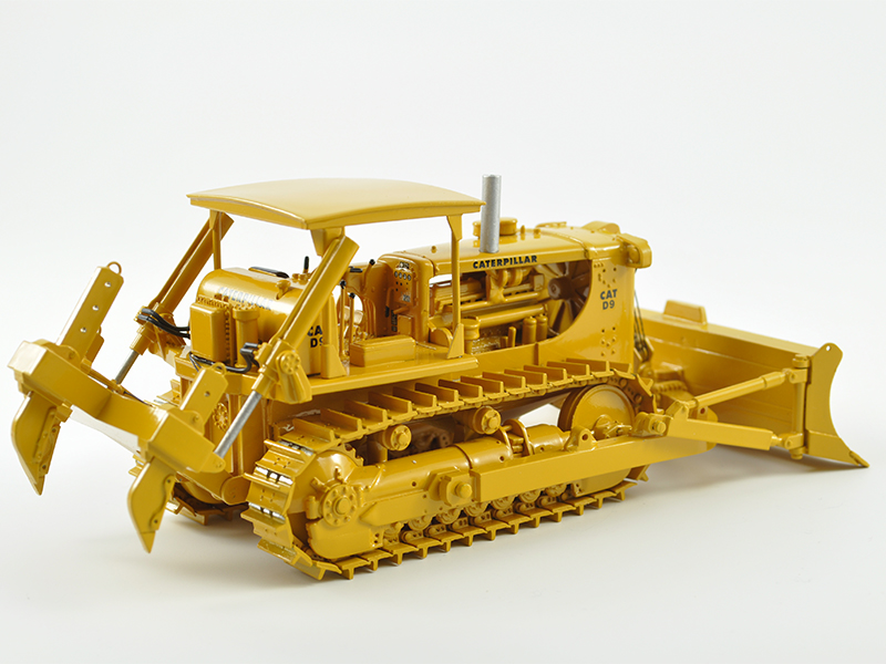 MINIMOVERS scalemodels - Caterpillar D9E Track-Type Tractor