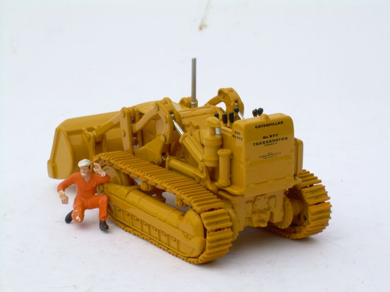 MINIMOVERS scalemodels - Caterpillar 977 Track Loader